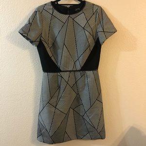 TAHARI geometric short sleeve mini dress size 8